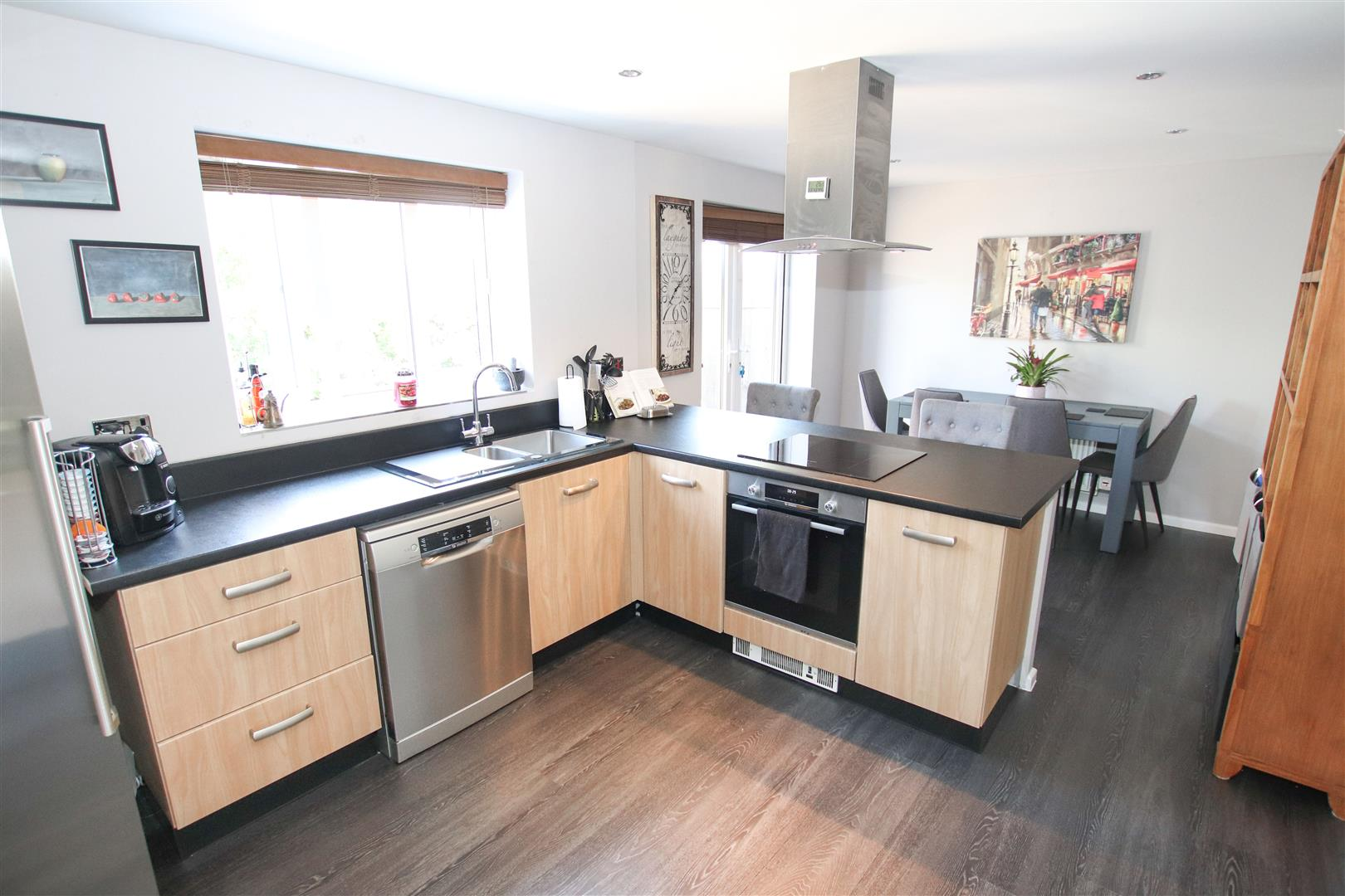 OPEN PLAN FITTED KITCHEN / DINING ROOM